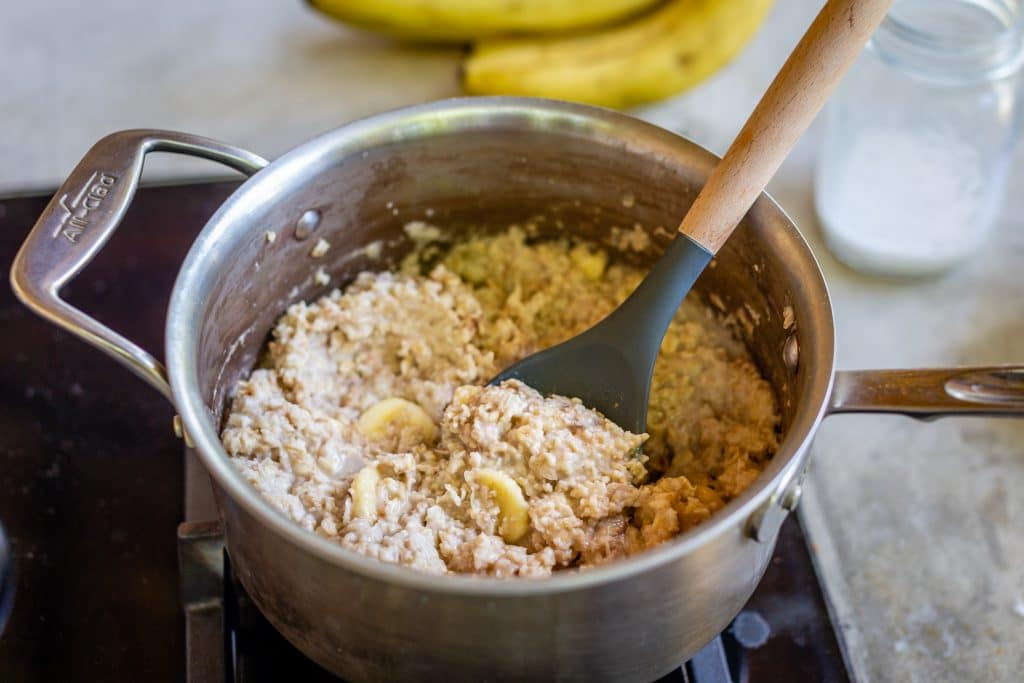 Oatmeal with Almond Milk Ingredients