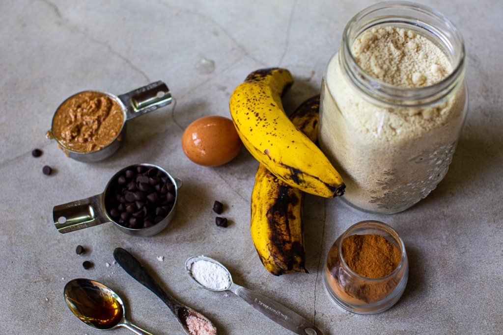 Banana Muffins with Almond Flour Ingredients