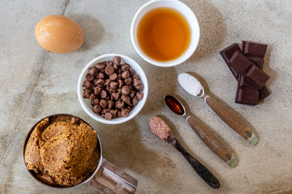 Chocolate Chip Blondies Recipe Ingredients
