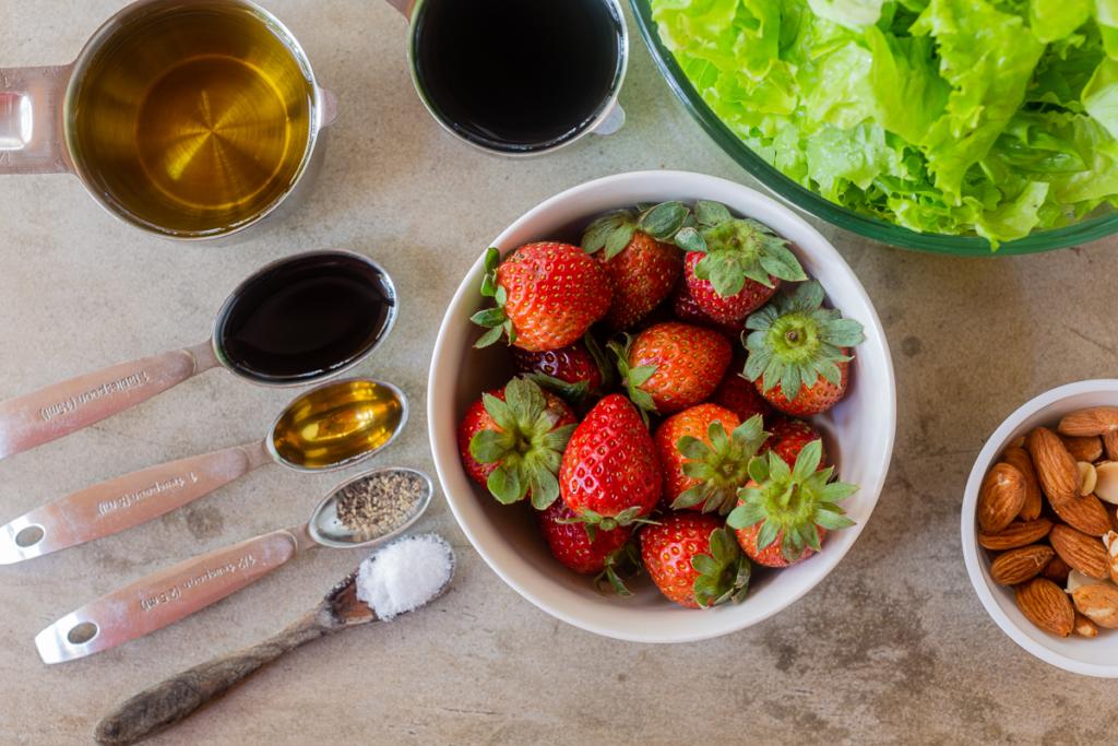 Salad with Strawberries Recipe Ingredients
